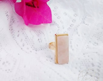Pink quartz rectangular ring