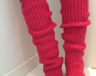 Pomegranate legwarmers