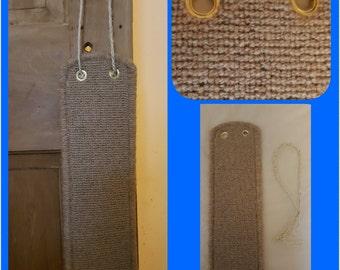 Cat door hanging scratch pad