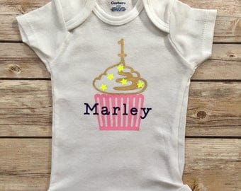 1st Birthday Onesie®,First Birthday Onesie®, Personalized Birthday Outfit®, Custom Birthday Onesie®, Girl Birthday Outfit® Cupcake Onesie®