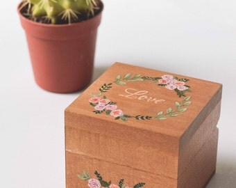 """Wedding Ring box """"Roses"""""""