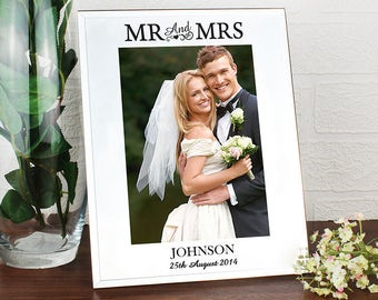 Personalised Mr and & Mrs Mirrored Wedding Photo Frame Anniversary Gift 5x7 Idea Bride Groom
