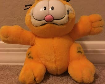Vintage Garfield Ready for a Hug