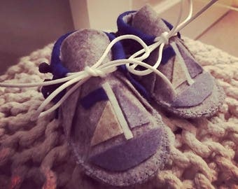 Dreams set sail Moccasins