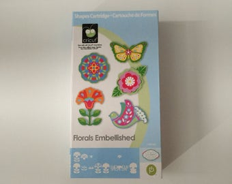 Floral Embellishments Cricut