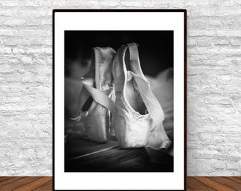 Ballet Poster, Black and White Art, Printable Wall Art, Dance Poster, Ballet Gift, Gift for Her, Teen Wall Art Printable, Gift for Dancer