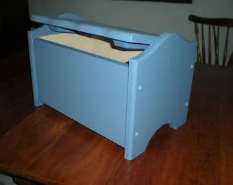 Toy/Accent box or chest