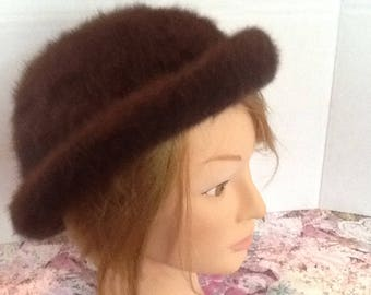 A vintage 1950's Fluffi by Marida Hat , Made in England  woman's classic bumper hat made with rabbit hair, chlorofibre and nylon