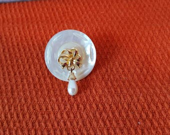 Hand Crafted, handmade, Mother of Pearl Pin / Brooch made from a vintage button and a broken pierced earing.