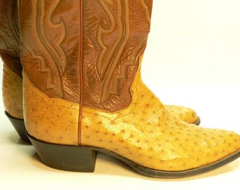 REDUCED - Beautiful full quill, near new, cowboy boots