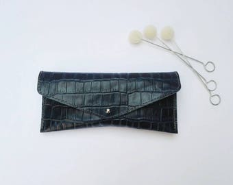 Handmade Leather glasses case.