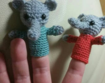 Finger puppets: crocheted individual animals