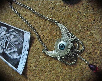Necklace seampunk eye