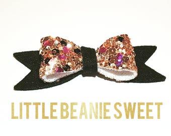 Handmade hair accessories - Shimmering black mini bow