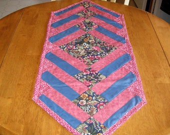 Mauve Quilted Table Runner