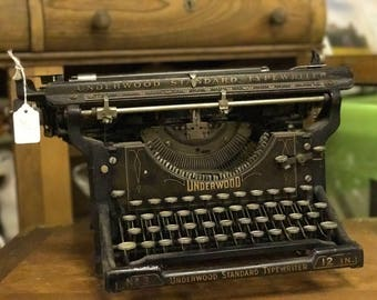 Underwood Standard Typewriter No. 3