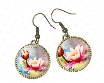 Water lilies pink flowers on cabochons earrings. R76