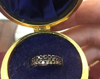 14k white gold and black diamond ring