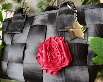Ribbon rosette for Harveys seatbelt bag