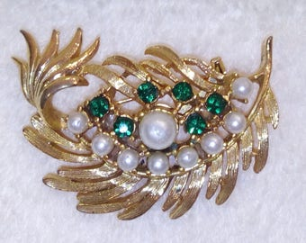 Vintage GERRY'S  Faux Pearl Emerald Brooch SIGNED