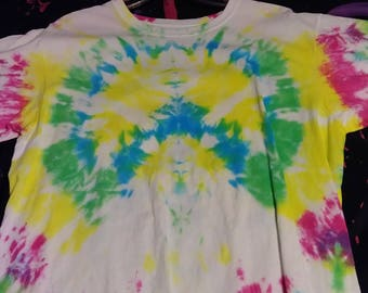 Peace Sign tie-dye shirt (Large)