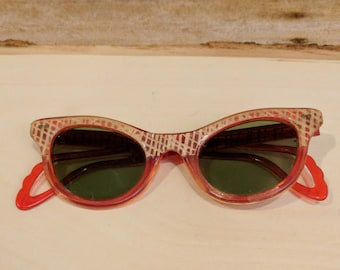 Vintage Red Cat Eye Sunglasses Woven Design Retro