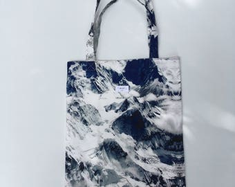 Blue Mountain Print Tote