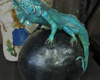 Iguana Ceramic Sculpture