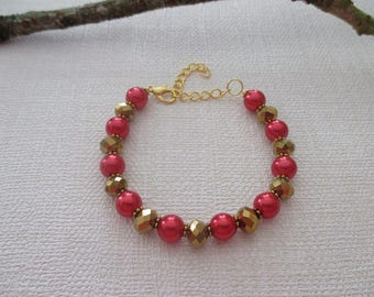 Bracelet red and Golden beads