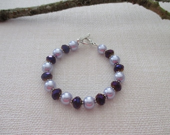 Purple and mauve pearl bracelet