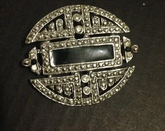 Beautiful vintage Brooch