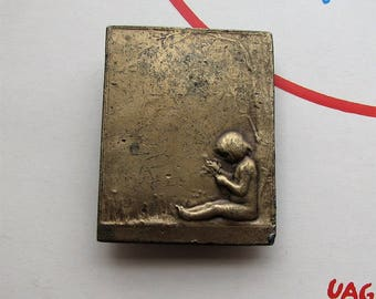 vintage 1970s brass belt buckle by Bergamot Brass Works, Art Nouveau Arts and Crafts style child under a tree with flowers