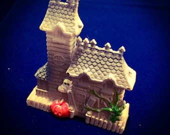 1pc VINTAGE HALLOWEEN MINIATURE Plastic Haunted House