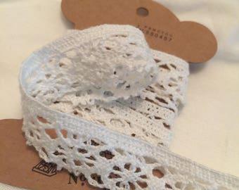 Crochet Lace Trim  8 Yards