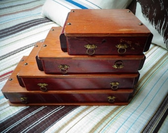 Wonderful Vintage Collectible Drawers for your Jewelry in very good shape and condition .
