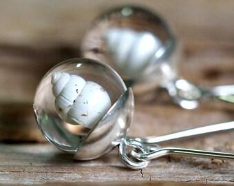 Mini Shell Resin Earrings, Silver Cup Earrings, Ball Earrings, Resin Earrings, Botanial Jewelry, Floral Jewelry, Bridal Jewelry