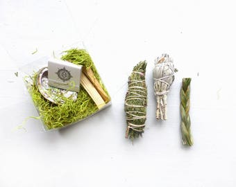 Smudge Kit Sampler//Cedar bundle//Sage smudge stick//Palo Santo//Abalone shell//Housewarming Gift//Wedding gift//Spiritual support
