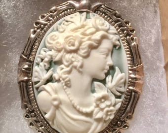 Victorian woman CAMEO pin necklace set in Fancy Antique Silver tone 30x40MM green background  Civil War re enactors