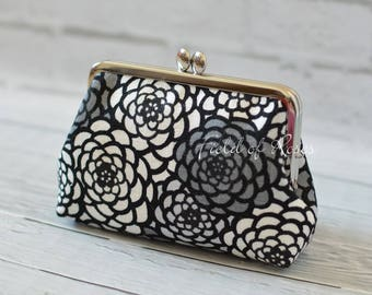 Clasp Cosmetic Purse Modern Japanese Floral Kimono Pattern Gray Small Clutch Frame Bag Cosmetic Bag Gadget Bag M Pouch