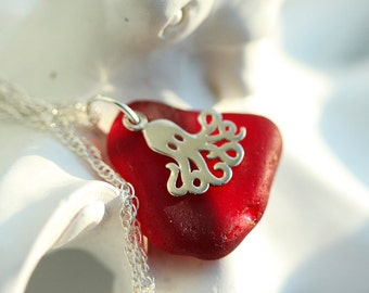 Red Sea glass Necklace - Sea glass jewelry - Gift for her - Beach glass necklace - Octopus jewelry - Gift beach lover - Sea lover gift