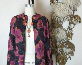 Fall sale 1970s blouse rayon blouse size medium open front blouse vintage blouse tropical blouse 36 bust