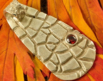 Abstract Fine Silver Pendant with Garnet