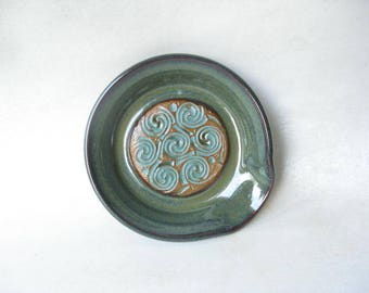 Spoon Rest with Celtic Knot Design, Pottery Spoon Rest, Ceramic Spoon Rest, Kitchen Spoon Rest, Celtic Pottery
