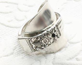 Corinthian Demitasse Spoon Ring