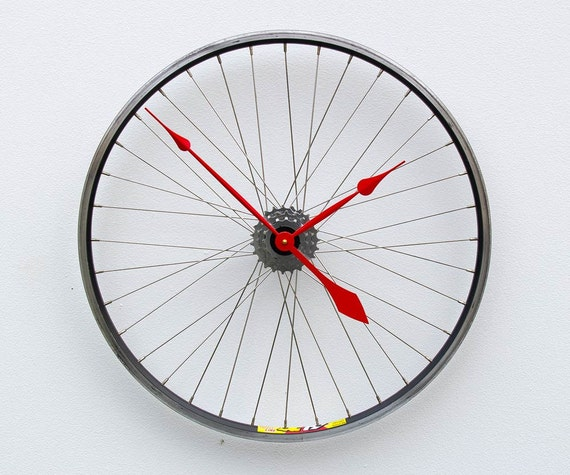 Bike wheel clock bicycle wall clock large wall clock for Bicycle wheel wall art