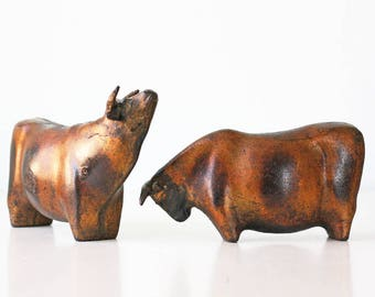 Vintage Modern Bulls Sculptures, Modernist, Brutalist, Japan, Set of 2 Cows