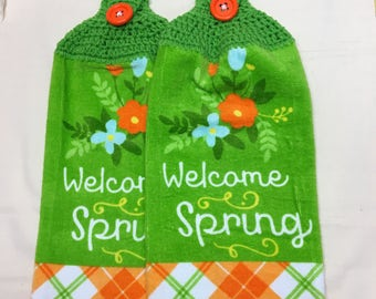 Welcome Spring  Print towels set of 2