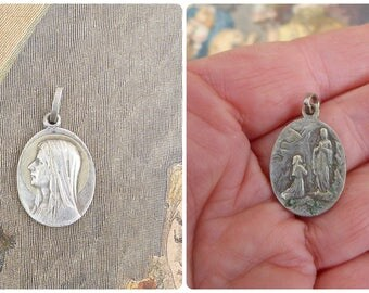 Vintage Antique 1930s old French silvered medal  /LOURDES/ Religious /Christianity
