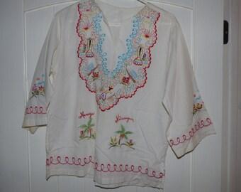Vintage Mexican embroidered cinco de mayo fiesta dance costume shirt top muslin