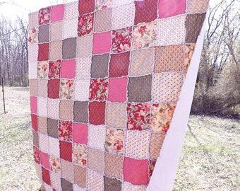 Rag Quilt - Queen Size Quilt - Cottage Chic Floral Quilt - maroon red, sage green, ecru, dusty pink - Gift For Her - Queen Quilt